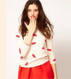 Fashion Lips Print Loose Knit Sweater