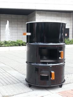 Outdoor Kitchen Design, Modern Kitchen Design, Barrel Stove, Build A Pizza Oven, Diy Smoker, Charcoal Bbq Grill, Door Gate Design, Barrel Furniture, House Front Design