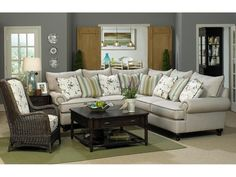 Paula Deen by Craftmaster Living Room Sectional P7117BD-Sect - CraftMaster - Hiddenite, NC
