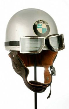 Cromwell BMW Helmet with Red Barron Googles