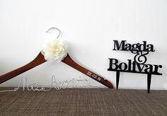 Letreros para tu Boda Encuéntralos entrando a: http://bodaydecoracion.com/productos/#!/Letreros/c/10394385/offset=0&sort=normal