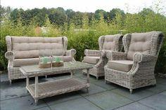 Möbel Aus Polyrattan Komplette Set Mit Zwei Sessel Couch Und Couchtisch  Gasplatte Für Landhaus Gartenmöbel Design