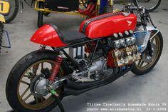 オランダのプライベーターが製作したCafeRacer。400ccのエンジンを2つ繋げてV8にして搭載。彼の職業はなんとパン屋さん。