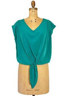 pair with a high waisted maxi skirt for a fun feminine look