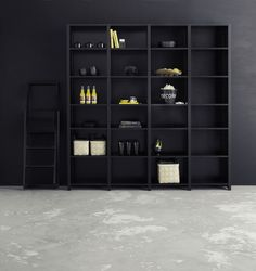 Store your favourite stuff and stylish books in this beautiful simple shelf. You´ll find the Lundia Classic shelf in various colours and sizes. Bookshelf Inspiration, Room Inspiration, Library Shelves, Bookshelves, Classic Shelves, Nordic Design, Lund, Danish Design, Shelving