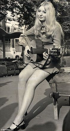Mary Hopkin was born in Pontardawe, Wales into a Welsh-speaking family. Knock knock, who's there? Cold this be love that's calling?
