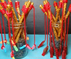Fishing Rods Pretzel Fishing Rods - cute for a boy's party or a country-themed party!Pretzel Fishing Rods - cute for a boy's party or a country-themed party! Diy Party Snacks, Snacks Ideas, Grad Parties, Birthday Parties, Country Themed Parties, Pretzel Treats, Pretzel Rods, Preschool Snacks, Birthday Treats