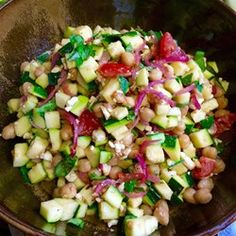 """Mediterranean Zucchini and Chickpea Salad 