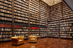 Banks Building, Old Building, Green Building, Bookshelf Organization, Library Shelves, Bookshelf Ideas, Dream Library, Future Library, Library Room