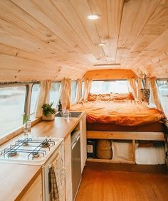 Vanlife Diaries on Warm light and tones. Pot plants and air plants need some love but add a splash of life and can watch over you while you sleep Bus Living, Living On The Road, Tiny House Living, Bus Life, Camper Life, Vw Camper, Volkswagen Bus Interior, School Bus Camper, Campervan Interior