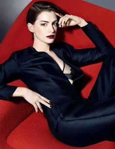 Anne Hathaway Fan Blog