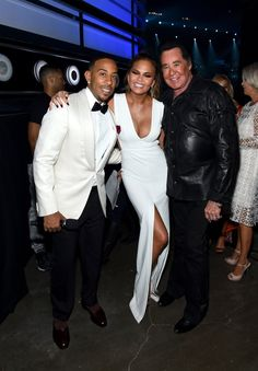 Pin for Later: The Best Pictures From the Billboard Music Awards Ludacris, Chrissy Teigen, and Wayne Newton