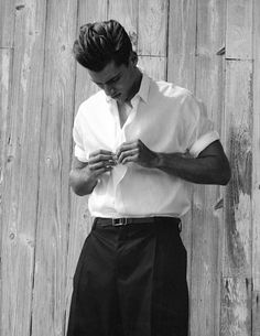 Kacey Carrig features in a monochrome fashion spread shot by Milan Vukmirovic, styled by Scarlett Viquel for the Spring/Summer 2013 issue of Fashion For Men. Monochrome Fashion, White Fashion, Fashion Tape, Men's Fashion, Fashion Menswear, Milan Vukmirovic, White Man, Black And White, White Style