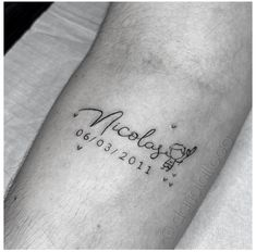Name Tattoos For Moms, Mommy Tattoos, Tattoo For Son, Tattoos With Kids Names, Mother Tattoos, Baby Tattoos, Tattoos For Daughters, Family Tattoos, Little Tattoos