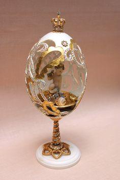 Egg Crafts, Easter Crafts, Diy And Crafts, Magnum Chocolate, Egg Shell Art, Carved Eggs, Easter Egg Designs, Faberge Eggs, Egg Art