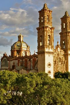 Mexico is echt een bijzondere bestemming. Het land heeft eigenlijk alles; zon, zee, strand, maar ook cultuur en historie. Dus waar je ook voor komt, in Mexico zit je goed! #Mexico  https://ticketspy.nl/deals/hoppa-op-naar-mexico-echt-een-luxe-vakantie-va-e549
