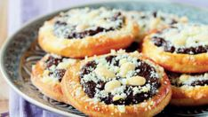 Czech Recipes, Ethnic Recipes, Czech Desserts, Happy Foods, Sweet And Salty, Sweet Recipes, Bakery, Muffin, Food And Drink