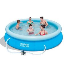 The Bestway x Feet Fast Set Pool is simple to set up and only takes about an hour to fill. Inflate with top ring with an air pump (not included) and fill the base of the pool with water. The outer wall will rise as the pool fills. Above Ground Pool Prices, Cheap Above Ground Pool, Above Ground Swimming Pools, In Ground Pools, Oberirdische Pools, Pool Accessories, Outdoor Toys, Garden Pool, Model