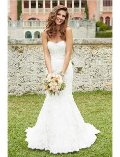 Gorgeous Mermaid Strapless Lace Wedding Dress. Simple. My style.