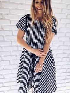 Gingham Modest Dress. Knee length + short sleeves.