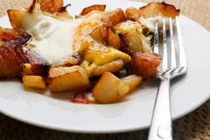 Home Fries with Eggs and Bell Pepper