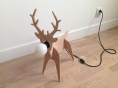 Deer wooden lamp