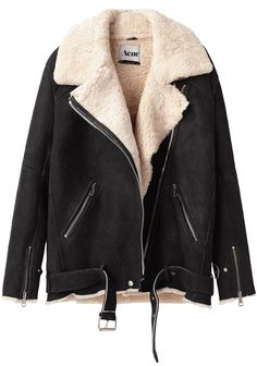Acne / Velocite Oversized Shearling Jacket - looks soooo comfortable! Mode Outfits, Casual Outfits, Casual Wear, Skirt Outfits, Cocoon Jackets, Outerwear Jackets, Heavy Jacket, Look Fashion, Womens Fashion