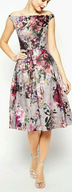 Floral Printed Midi Dress // Asos - My Brand New Outfit Short Dresses, Formal Dresses, Spring Dresses, Dress Summer, Outfit Summer, Floral Midi Dress, Floral Print Dresses, Mode Inspiration, Mode Style