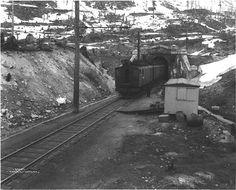 great northern cascades | ... Great Northern Railroad exiting Cascade Tunnel, Stevens Pass, Cascade