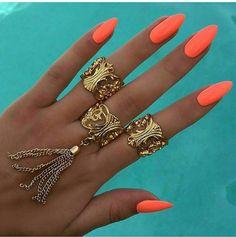 Resultado de imagem para coral nails