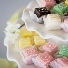 Our delicious signature petit fours are made of the finest ingredients, from the layers of moist cake to the hand-piped designs on top. A wonderful wedding favor, bridal shower or baby shower treat everyone will love. Mini Wedding Cakes, Mini Cakes, Wedding Favors, Cupcake Cakes, Party Cupcakes, Petit Cake, Cake Recipes, Dessert Recipes, Little Cakes