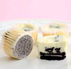 recipes & recipes: Cookies and Cream Cheesecakes