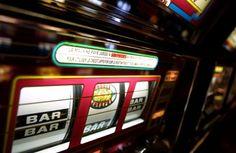 Die Spielsucht stellt Spaß und Gefahr in einem dar. Zuerst einmal bereitet das Spielen den Gamern Freude. Es wird hier und da ein wenig Geld investiert, um einen tollen Casino bzw. Spieleabend zu verbringen.