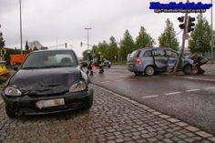 Blaulichtticker: Memmingen: Verkehrsunfall Frauenhoferstraße - Pkw prallt gegen Ampelanlage http://blaulichtticker.blogspot.de/2014/04/memmingen-verkehrsunfall.html