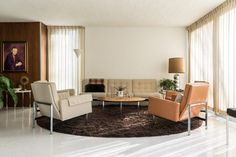 New owners preserve mid-century modern Indiana home