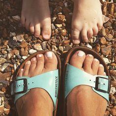 #beach #trotters  #Worthing #beach #today #southcoast #widn #onthebeach #dayoutuk #pebbles #pier #worthingpier #darkclouds #ig #blogger #blogginglife #seascape #sea #blogginglife #family #uk #britishseaside #stripes #familyfeet #toes #toesout #feetout #needapedicure #coast #ukcoast #travelblog #microblogging