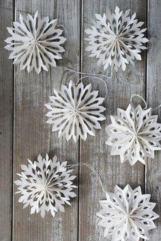 ŚWIĄTECZNE OZDOBY do domu - minimalistyczne dekoracje z papieru