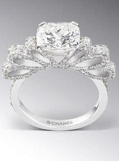 New and Old Glamour: Chanel Engagement Ring www.runawaywithme.com