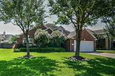 ** NEW LISTING ALERT ** Looking for a beautiful 4 bedroom home w/ versatile floorplan in Shadow Creek Ranch? Home feat. enclosed study w/ glass french doors & window viewing family room, family room has upgraded fireplace. Island kitchen has extended cabinets & desk area. Bedroom in back by master, perfect for a nursery! Listed at: $240,000. Master suite has private bath w/ double sinks & walk in closet. Call The Christy Buck Team (832)-264-8934 today to schedule your appointment.