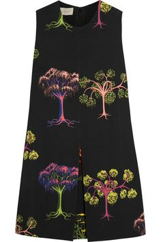 Stella McCartney STELLA MCCARTNEY Printed crepe mini dress £765   Size Guide Add to Shopping Bag Add to Wish List EDITORS' NOTES & DETAILS Stella McCartney's black crepe dress is decorated with a 'Psychedelic Garden' print - a key motif of the Pre-Fall '15 collection, designed in collaboration with London-based illustrator Will Sweeney. Fully lined, this piece is finished with an inverted pleat for volume. Wear yours with bare legs and heels or wide-leg pants and flats, as seen at the New…