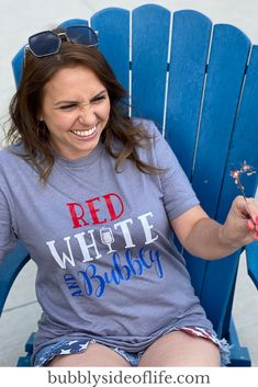 4th Of July Outfits, Fourth Of July, Cricut Creations, Cool Gifts, Red And White, Projects To Try, Bubbles, Summer Styles, Cricut Ideas