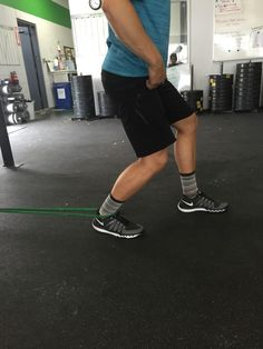 Coach Bryce demonstrating ankle mobility at CrossFit Invictus in San Diego Ankle Strengthening Exercises, Back Exercises, Perfect Squat, Core Strength Training, Ankle Mobility, Daily Exercise Routines, Hard Workout, Functional Training, Flexibility Workout