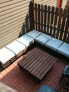 Laura's pallet DIY pallet outdoor, back porches, pallet diy