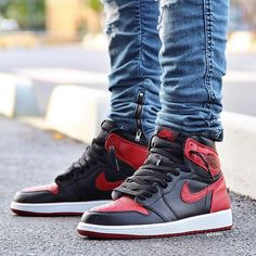 What did you wear today? : Air Jordan 1 'Banned / Bred' : @ki2nen #WDYWT for on-feet photos #WDYWTgrid for outfit lay down photos •