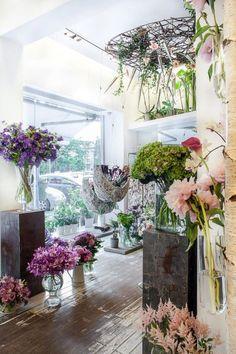 Iris flowershop in Bucharest. Interior design: architect Mariana Bercu, florist Nicu Bocancea