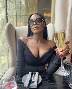 Black Girls Rock, White Girls, Black Girl Magic, Bougie Black Girl, Luxury Lifestyle Women, Vintage Black Glamour, Black Luxury, Black Girl Aesthetic, Black Girl Fashion