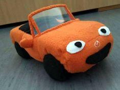 A happy orange MX-5 NB. Just Miata 😀
