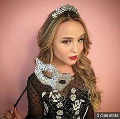 2cdd3405492f8 Larissa Manoela, Escolhi Você, Rainha, Aniversário De 16 Anos, Rosas