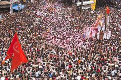 The Most Crowded Places in India: Mumbai During the Ganesh Festival