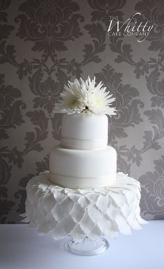 Art Deco, white on white wedding cake